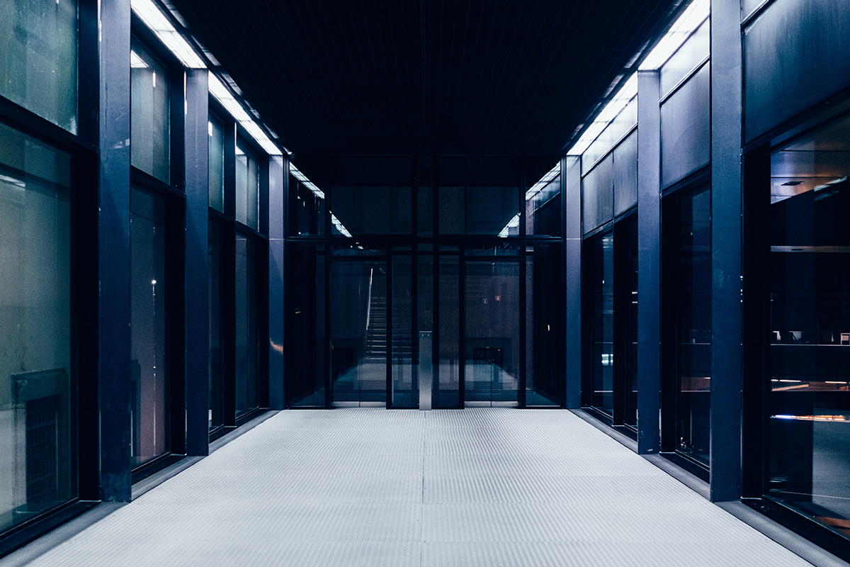 Servers and infrastructures